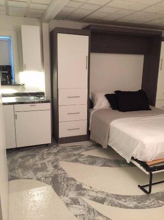 Yankton, SD: Hotel 114 Room 8