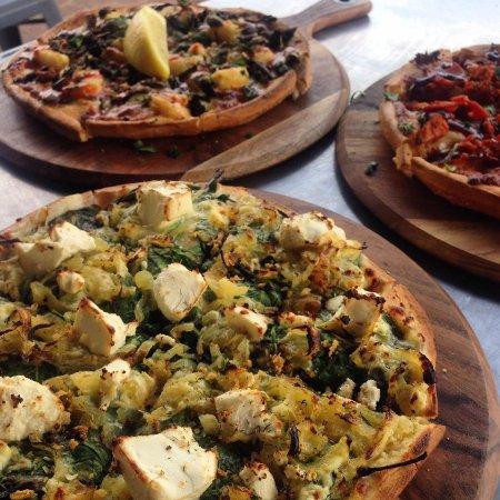 Mundaring, Avustralya: A trio of delicious pizzas