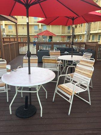 La Quinta Inn Galveston East Beach: photo1.jpg