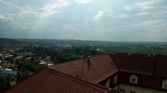 Nitra, Slovacchia: Pohľad z katedrálnej veže na Nitru.