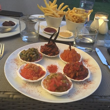 Sirayane Boutique Hotel & Spa: Selection of Moroccan starters