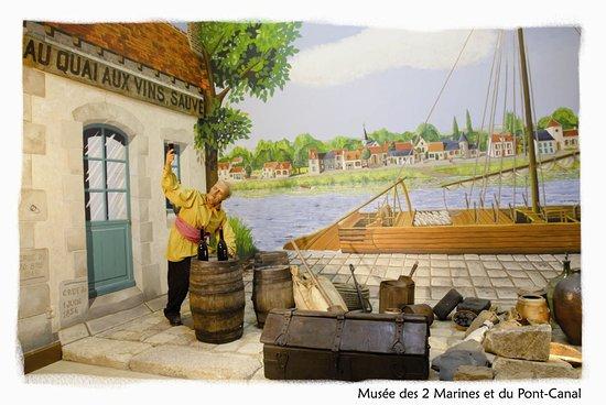 Le Musee des Deux Marines et du Pont-Canal