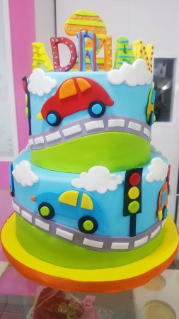 Awesome Custom Birthday Cake Their Designs Are Amazing Picture Of Dolce Funny Birthday Cards Online Fluifree Goldxyz