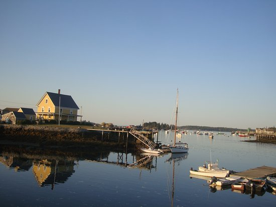 Vinalhaven, ME: Early Morning, Vinal Haven Harbor, ME 2017
