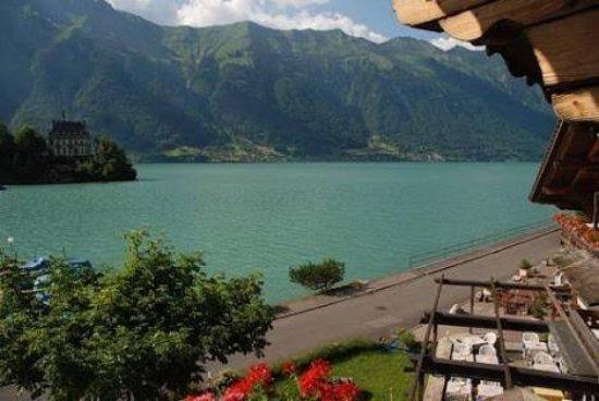 Iseltwald, Suiza: images (3)_large.jpg