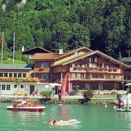 Iseltwald, Suiza: images (2)_large.jpg
