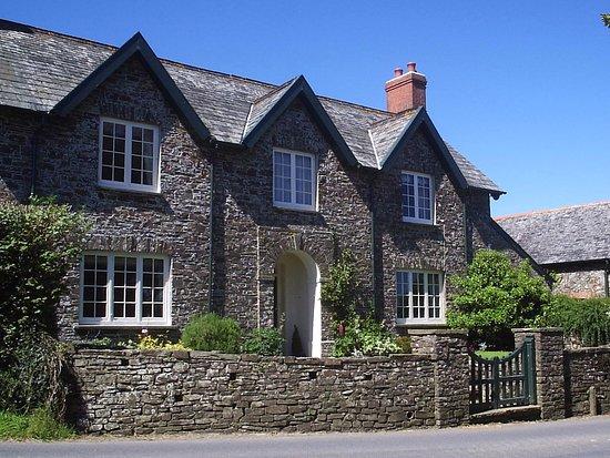East Dyke Farmhouse