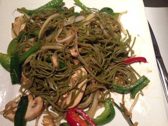 Golden Temple: Greet-tea Buckwheat Noodles with Veggies