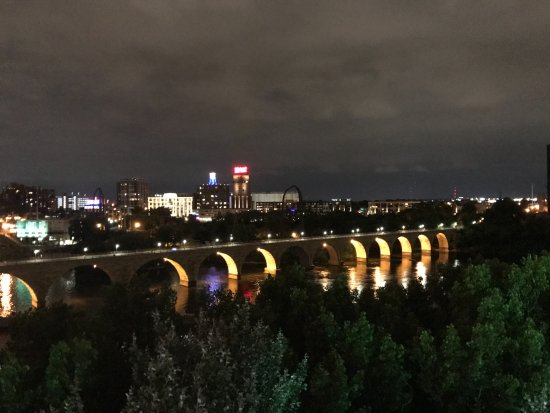 Guthrie Theater : the bridge is 2100 ft long and has 23 arches. It is the only one of it's kind on the Mississippi