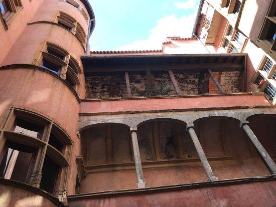 Traboules du Vieux Lyon: photo5.jpg