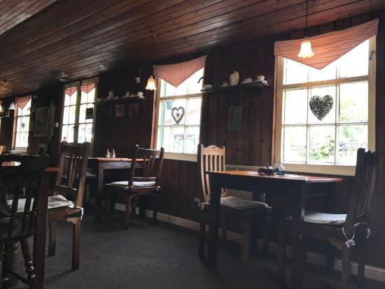 Brig o' Turk Tearoom and Restaurant: Interno