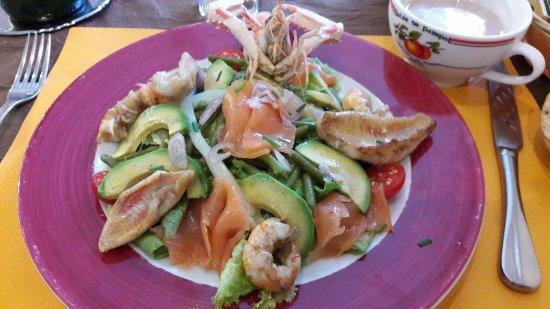 Ploubazlanec, Frankrike: salade Neptune (je crois)