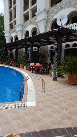Babylon Hotel Photo