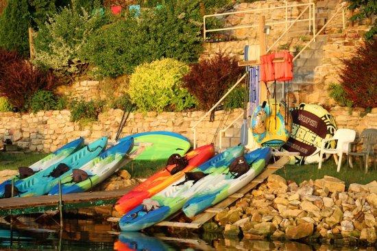 Crown Point Resort: 6 kayaks 2 SUPS & 1 paddleboat