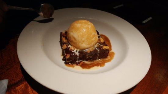 Charleston's Restaurant: Chocolate Bownie
