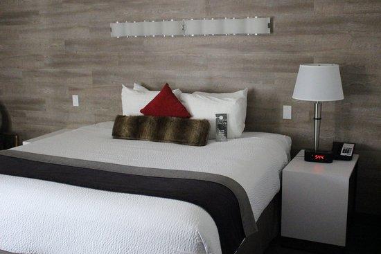 Elk + Avenue Hotel: Bedroom