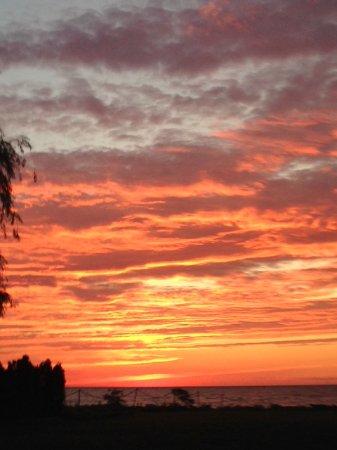 Westfield, NY: Sunset on Lake Erie