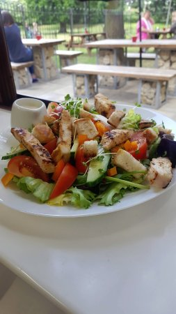 Brackley, UK: Summer Salad