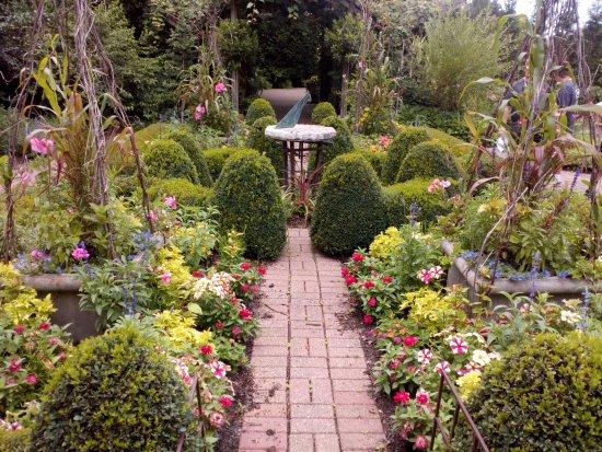 Garden Picture Of Olbrich Botanical Gardens Madison