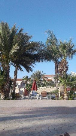 Imagen de Crown Resorts Henipa