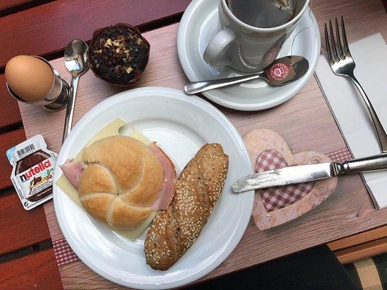 Hotel Zur Alten Brücke: breakfast