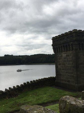 Edgworth, UK: Entwistle reservoir