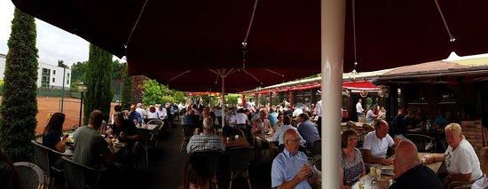 Bornheim, Alemania: Beer garden