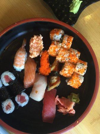 Hiro Japanese Restaurant : photo1.jpg
