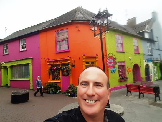 kinsale chat rooms Golden gate house, kinsale room-3 carol is a wonderful host, happy to chat and give suggestions on what to see thanks carol oisín september 2016.