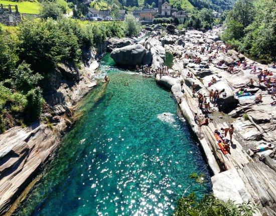 Lavertezzo, Schweiz: •Ponte dei salti,Luglio 2017•