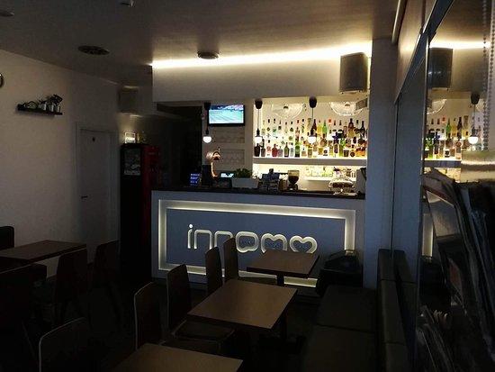 Inn bar