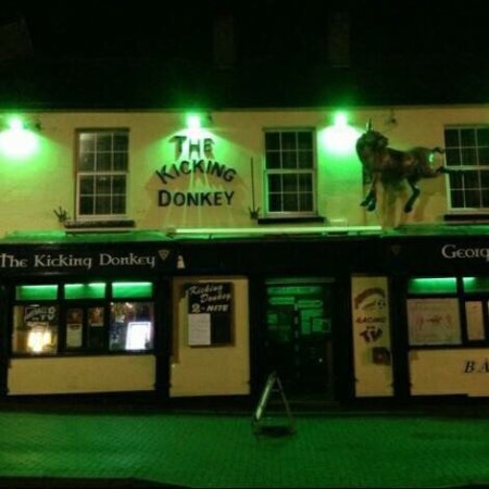 Bundoran, Irland: The Kickin Donkey & George's Bar