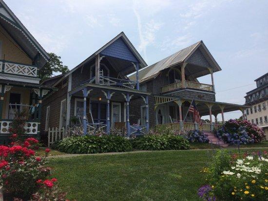 Martha's Vineyard Camp meeting Association (MVCMA) : Fairytale houses!