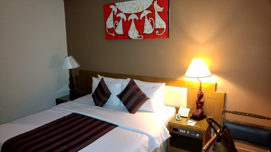 Pinnacle Lumpinee Park Hotel Image