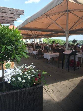 Pullach im Isartal, Tyskland: Die Terrasse