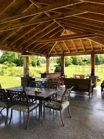 East Springfield, NY: Outdoor Pavilion!