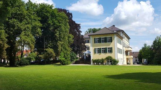 Hotel Schloss Burgellern: 20170716_113035_large.jpg