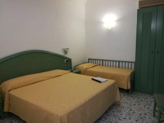Park Hotel Terme Mediterraneo: IMG_20170714_193801_large.jpg