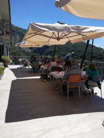 Fivizzano, Italia: Panoramica della terrazza