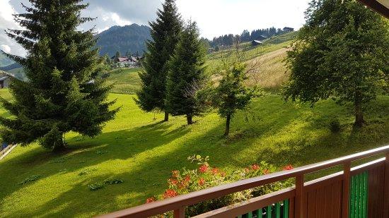 Suitehotel Kleinwalsertal: Blick vom Balkon