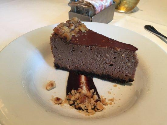 Islip, NY: Hazelnut Cheesecake