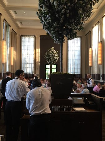 Islip, NY: Tellers-1st floor dining room