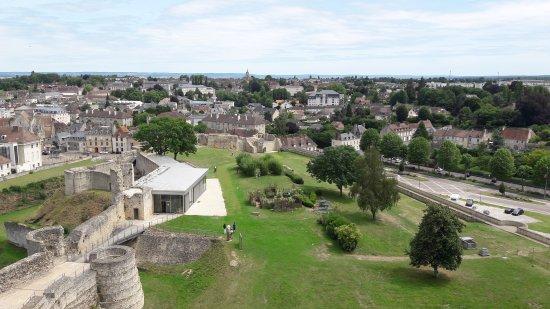 Φαλαίζ, Γαλλία: vue du donjon vers la ville