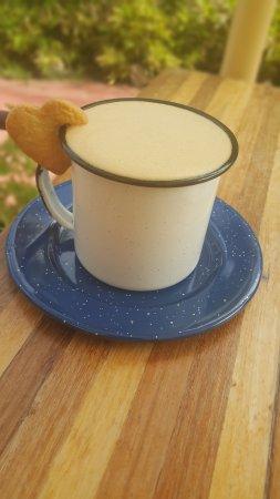 PoiPoi Coffeehouse-Bakery-Açaí Bowls
