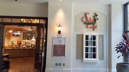 Selu Garden Café: entrance