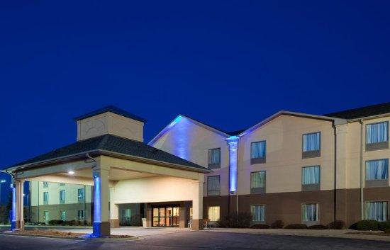 Bourbonnais, IL: Hotel Exterior
