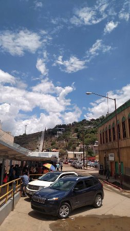 Nogales, Αριζόνα: Crossing back to the us