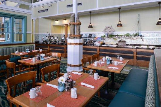 Holiday Inn Va Beach-Oceanside (21st St) : Sip Sip Bar and Grill