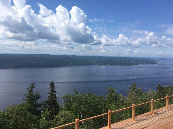 Sainte-Rose-du-Nord, Canadá: vue depuis le bâtiment principal