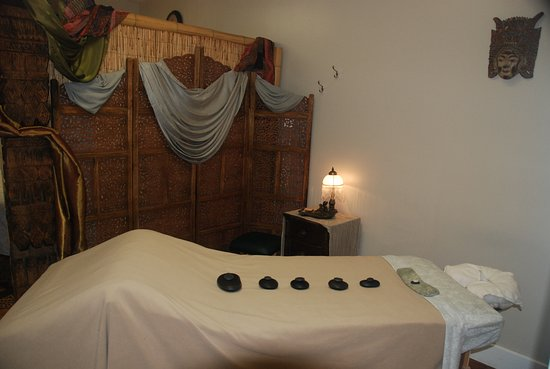 Ojai, CA: Private Massage Room - Serenity